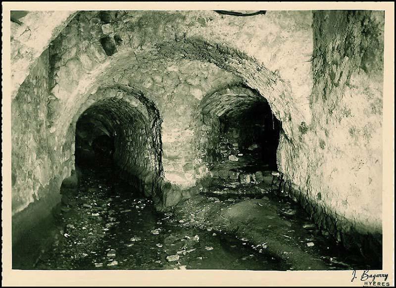 Le canal et le moulin de la Nerte