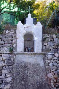 Solliès-Toucas, oratoire Notre-Dame Montlignon