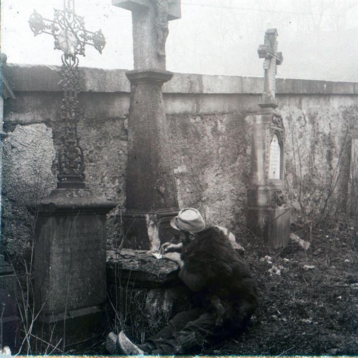Mouilly, dans le cimetière, 1915