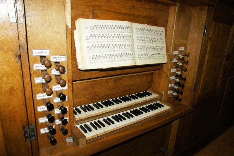 Grand orgue Callinet, la console.
