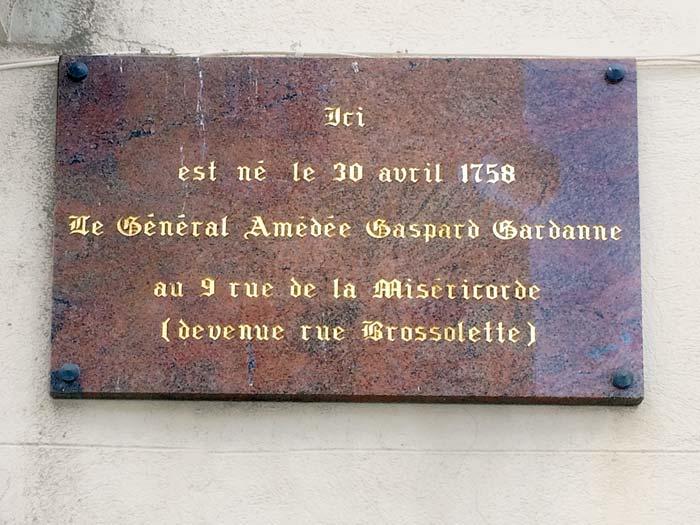 Plaque Gardanne, ancienne rue de la Miséricorde, Solliès-Pont.
