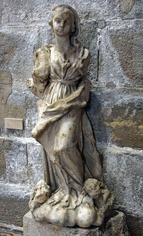 Notre-Dame de Santé (statue).